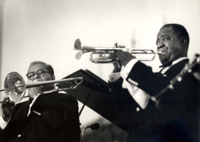 "Performing with trombonist ""Big Chief"" Russell Moore, 1964 (Photograph by Jack Bradley)"